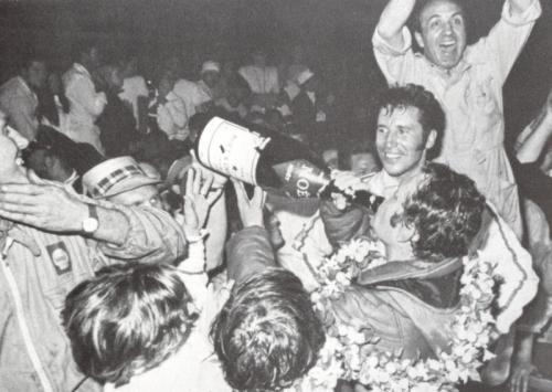 1970 sebring vaccarella podio 01.jpg