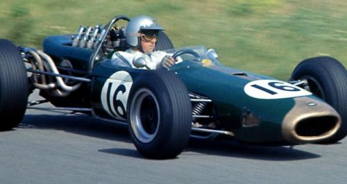 Jack-Brabham-Team.jpg