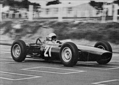 richard-attwood-BRM P67.jpg