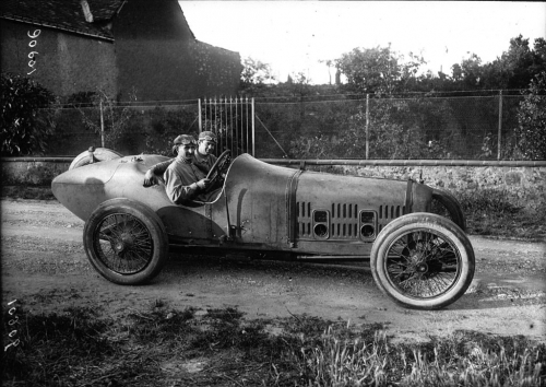 Jean_Chassagne_at_the_1921_French_Grand_Prix Ballot.jpg