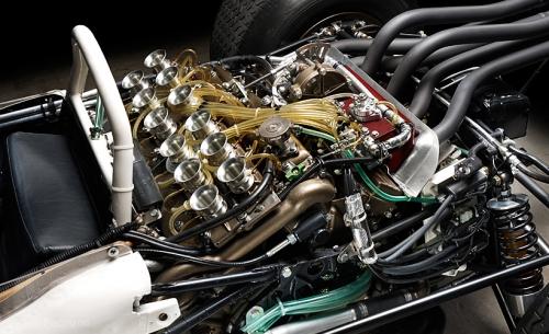 1965Moteur Honda RA 272.jpg