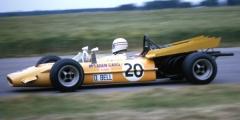 McLarenM9A-Bell-GB69jpg.jpg