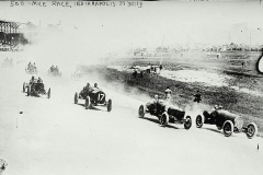 1913_Indianapolis_500.jpg