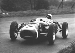 Moss-Ferguson-Oulton-Park1961.jpg